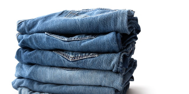 Kondo encourages people to stack their clothes upright.