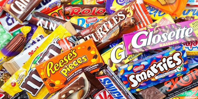 Trumpis said to have treated government leaders to a slew of sweet treats,