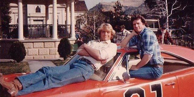 John Schneider (left) and Tom Wopat.