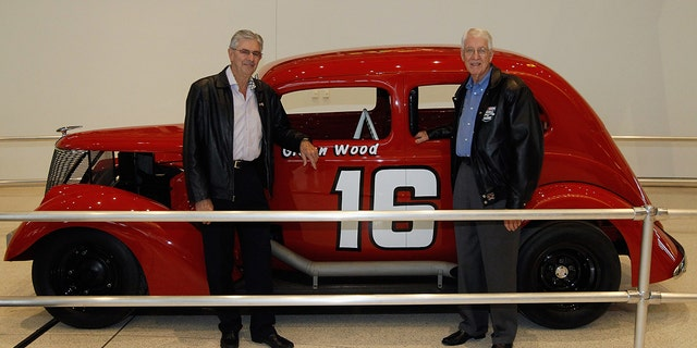 Leonard and Glen wood with one of their earlyl cars.