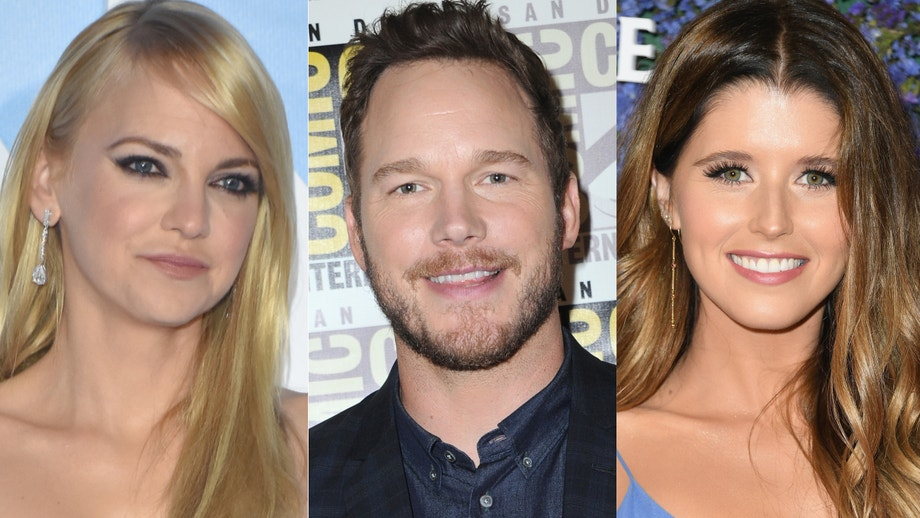 anna faris says ex chris pratt texted her after proposing to katherine schwarzenegger