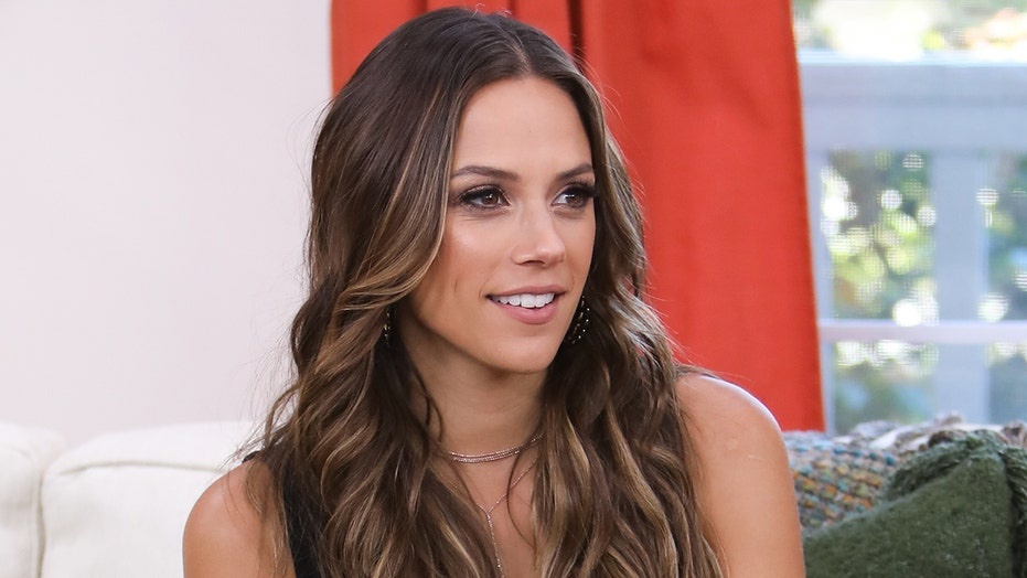 Jana Kramer shows off new breast implants in topless photo