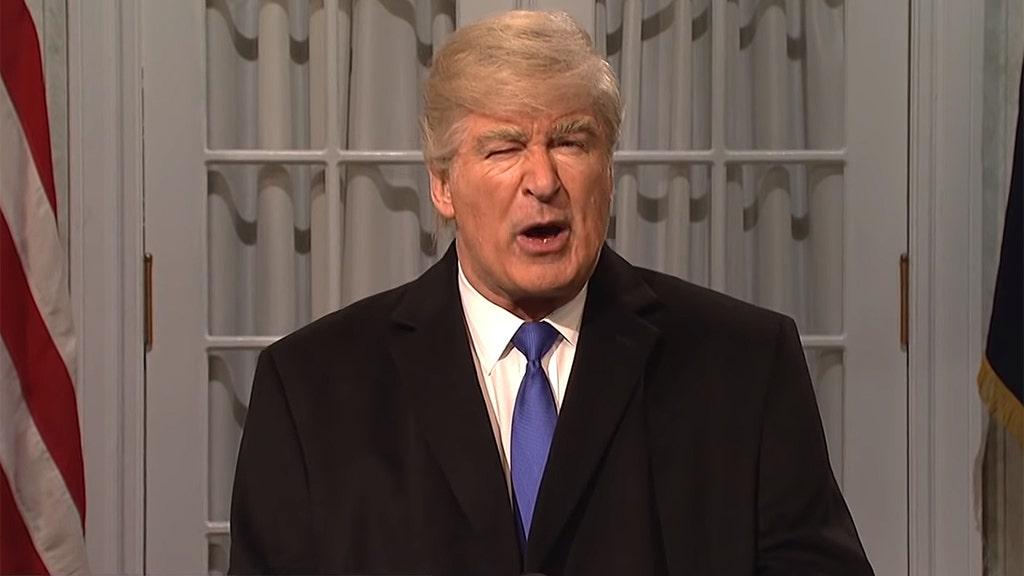 'SNL' shows Baldwin's Trump celebrating end of Mueller probe