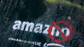 Amazon pulls out of plan to build New York City headquarters after backlash
