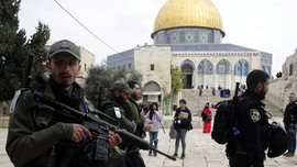 Israeli police arrest 5 Palestinians at flashpoint holy site