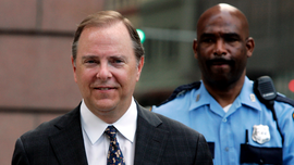 Ex-Enron CEO Jeffrey Skilling released from federal custody