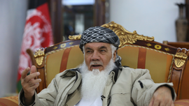 Powerful political leader warns against squandering peace