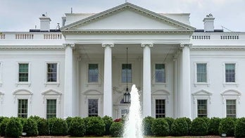 Man claiming appointment with Trump strikes Secret Service officer outside White House, authorities say