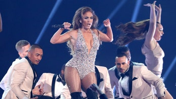 Jennifer Lopez turns heads with Motown tribute at 2019 Grammys following backlash