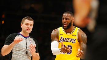 Fans chant 'Kobe's better' while Lebron takes free throws