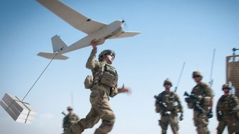 Army soldiers use 'Macbook'-sized tablet to operate multiple small drones