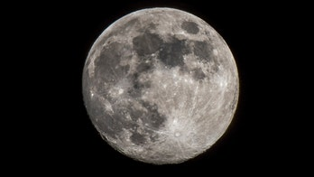 The moon has a tail that sends beams across Earth, researchers say