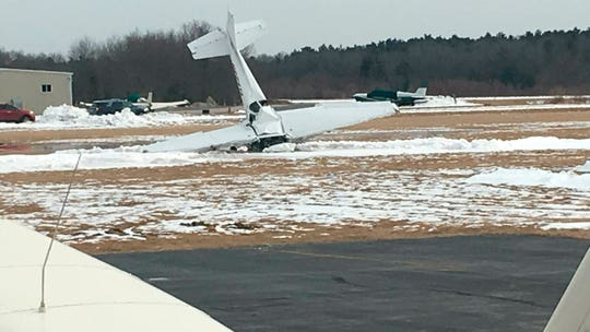 2 killed after small plane crashes, catches fire at Massachusetts airport: police