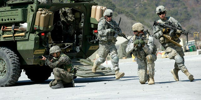 U.S. Army and South Korean soldiers during an annual joint military exercise. (AP Photo/Lee Jin-man, File)