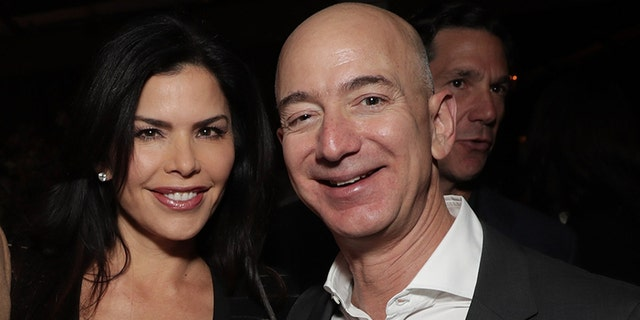 Amazon's Bezos accuses tabloid of blackmail