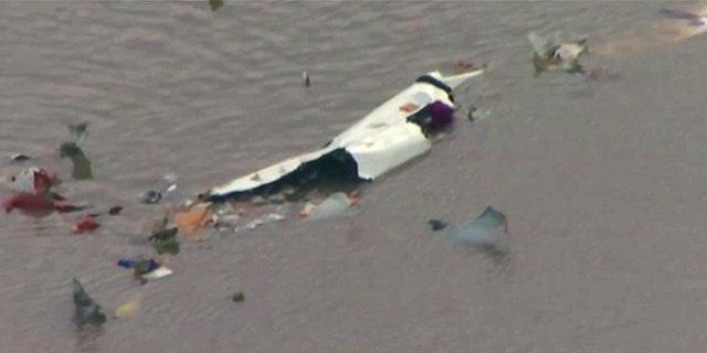 Le vol 3591 a été aperçu par des témoins peu avant 13 heures. plongée