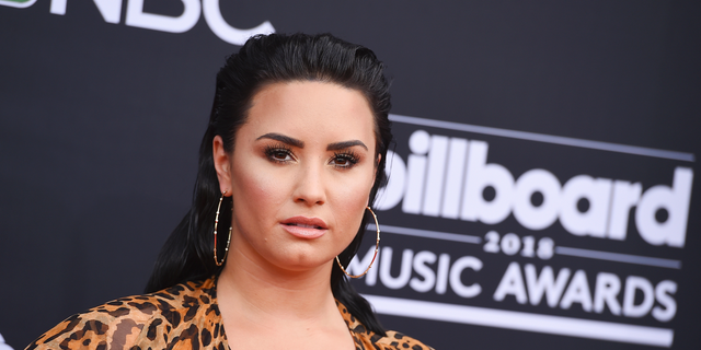 Demi Lovato thanked her two friends after a trip to Bora Bora.
