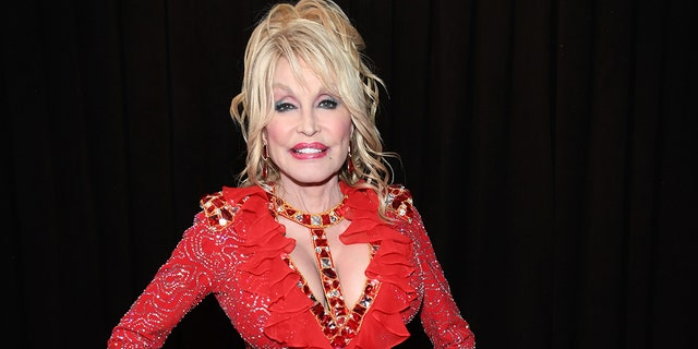 LOS ANGELES, CA - FEBRUARY 10: Dolly Parton attends the 61st Annual GRAMMY Awards at Staples Center on February 10, 2019 in Los Angeles, California.