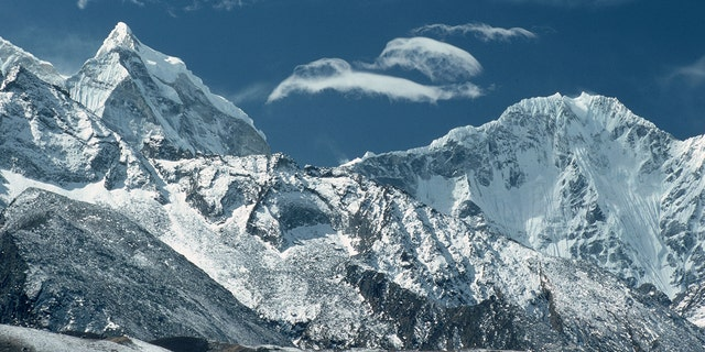 April 1976: The Himalayas in Nepal. (Photo by Ernst Haas/Ernst Haas/Getty Images)