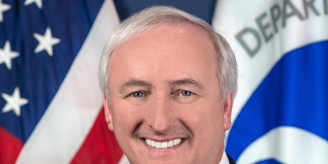 Jeff Rosen's official portrait.