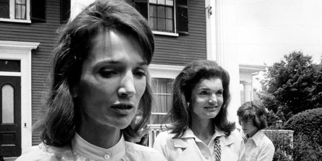"""Lee and her older sister, Jackie were the """"it girls"""" of the 1960s, though Lee admitted that she often felt overshadowed by the former First Lady"""