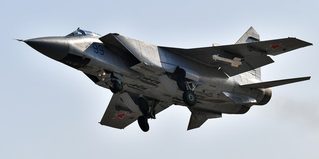 File photo -A Mikoyan MiG-31BM interceptor aircraft performing a training flight at the Tsentralnaya Uglovaya airfield.