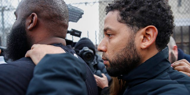 """""""Empire"""" actor Jussie Smollett leaves Cook County jail following his release, Thursday, Feb. 21, 2019, in Chicago. (AP Photo/Kamil Krzaczynski)"""