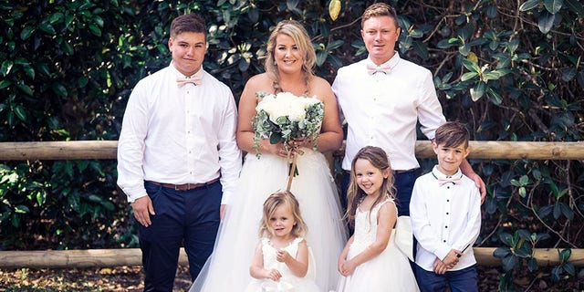 The 33-year-old bride from Old Bar, New South Wales, Australia, said she happier than ever tying the knot with her husband Nathan Earley, 31, back in November 2018 and was excited to get her family together for some wedding day photographs.