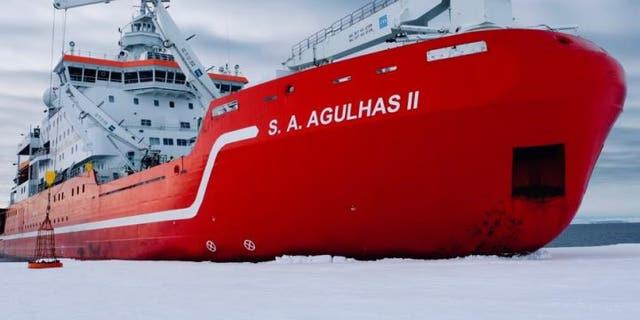 Antarctic expedition hunts for wreck of explorer Ernest Shackleton's