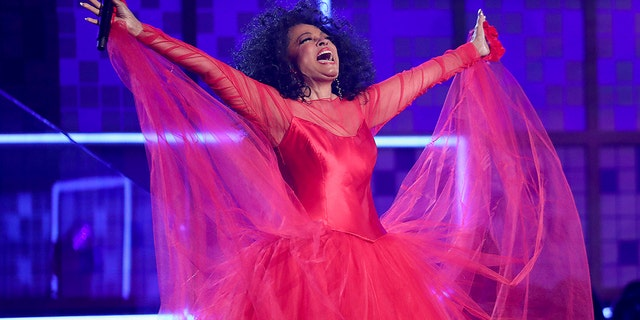 Diana Ross performs the 61st annual Grammy Award on Sunday, 2019. February 10, Los Angeles. (Image: Matt Sayles / Invision / AP)