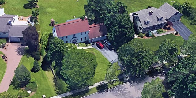 This single family house built on 1981 and located in Burlington, Vermont, is listed to Bernard and Jane Sanders. (Google Maps)