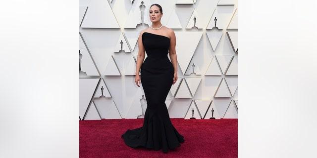Ashley Graham arrives at the 20219 Oscars.