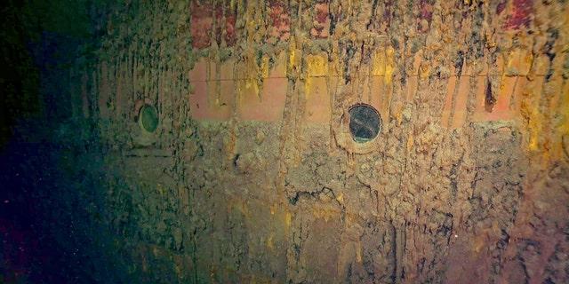 Glass portholes in Hiei's hull. (RV Petrel)