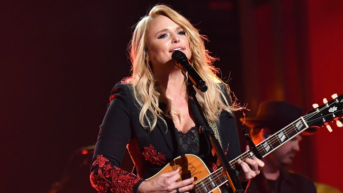 Miranda Lambert shocks audience by joining Maren Morris onstage