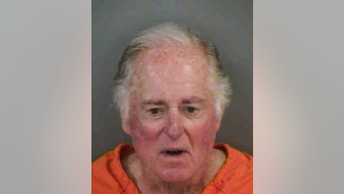 Sportscaster Warner Wolf arrested for removing 'plantation' letters from Florida community's sign
