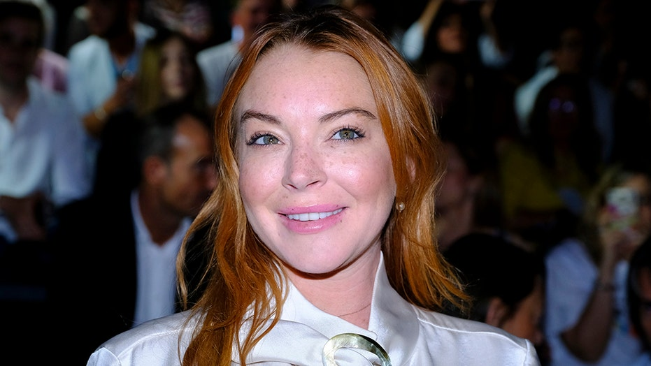 Lindsay Lohan allegedly owes $  365K for book she never wrote