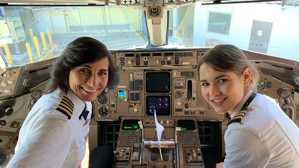Plane passengers delighted to learn pilots have special relationship