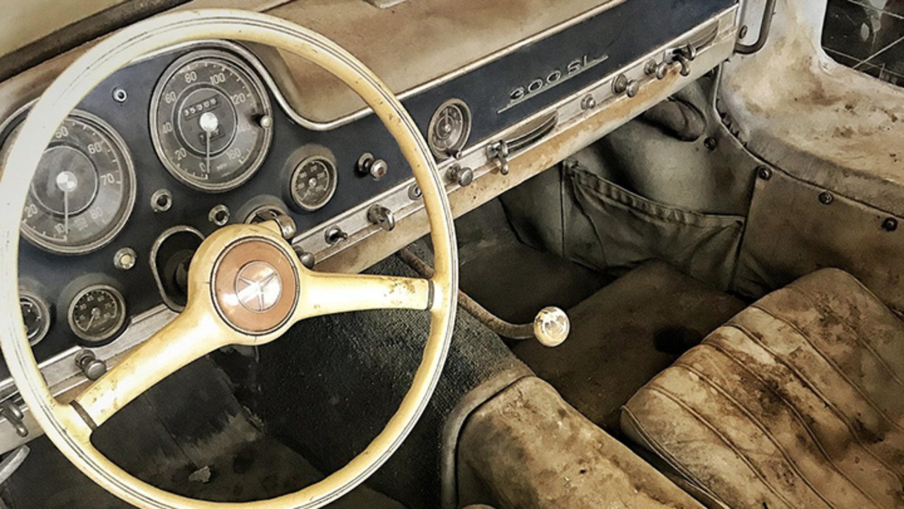 1954 Mercedes Benz 300 SL Gullwing interior