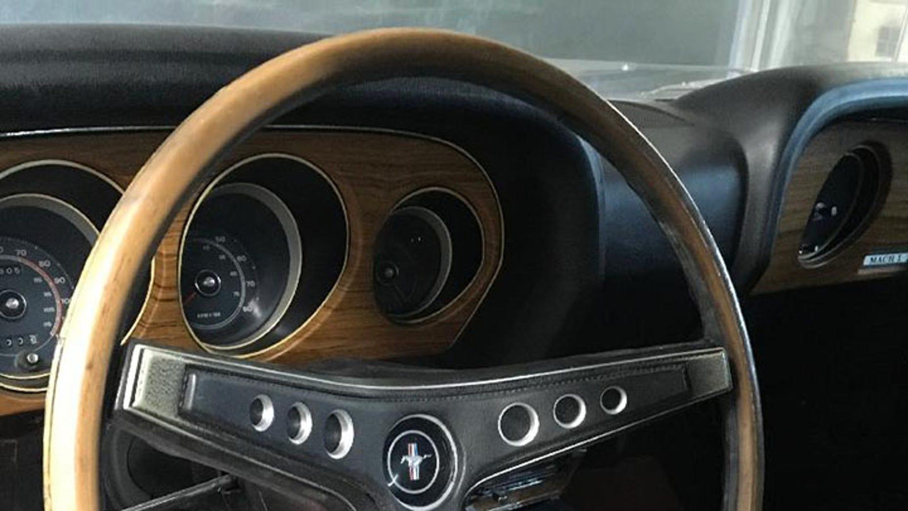 1969 Ford Mustang Mach 1 Cobra Jet interior