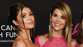 Lori Loughlin's daughter, Olivia Jade, reportedly didn't fill out her own college application