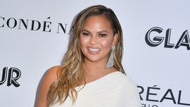 Chrissy Teigen tweets about Easter bunny, egg storyline confusion: 'We've gotta simplify this'
