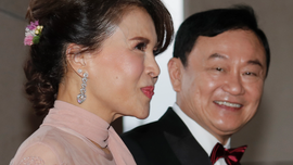 Exiled Thai leader is father of the bride ahead of election
