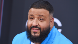DJ Khaled honors Kobe Bryant on Grammys red carpet