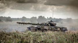 US rapid-deployment troops arrive in Berlin for maneuvers