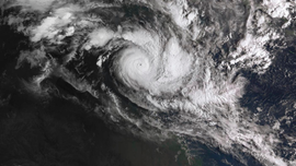 2 powerful cyclones bear down on north Australian coast
