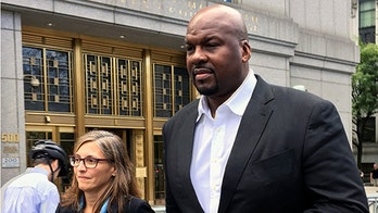Ex-Auburn assistant Chuck Person pleads guilty in college basketball bribery scandal
