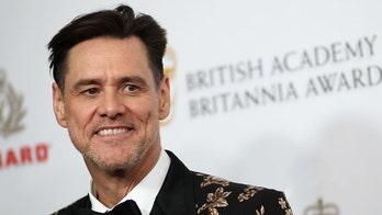 Jim Carrey mocks Trump supporters, compares POTUS to cult leader Jim Jones in scathing new painting
