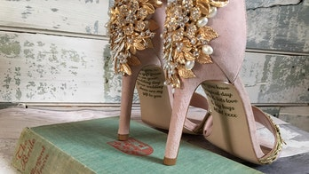 Bride finds secret message from her late mother on wedding heels