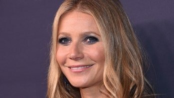 Gwyneth Paltrow twins with daughter Apple in sports bras, leggings
