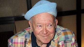 'Twilight Zone,' 'Community' actor Richard Erdman dead at 93